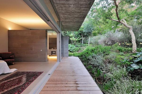 House-in-Constantia-Valley-15