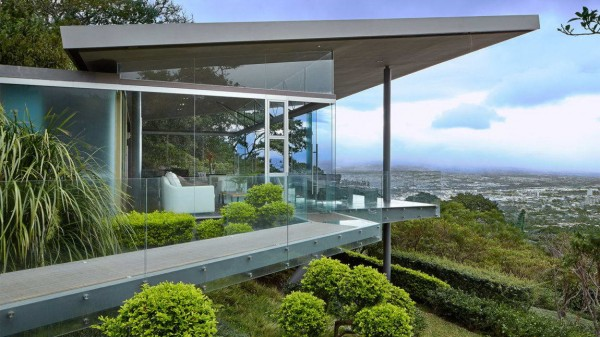 Steel-and-Glass-House-1