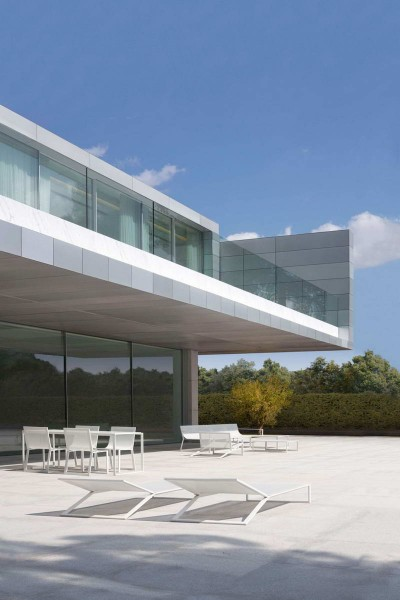 Aluminum-House-2