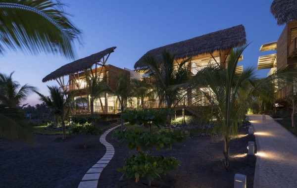 Guatemala-Beach-House-4