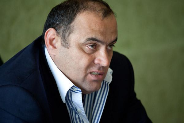 deshev-portr