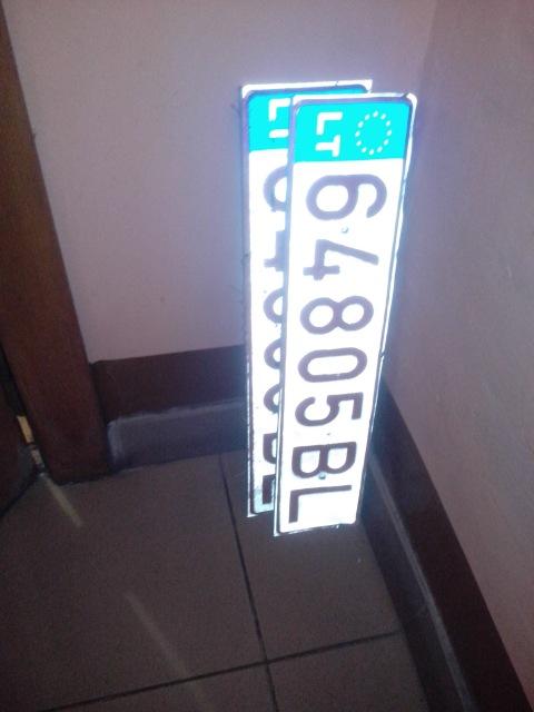 LT64805BL