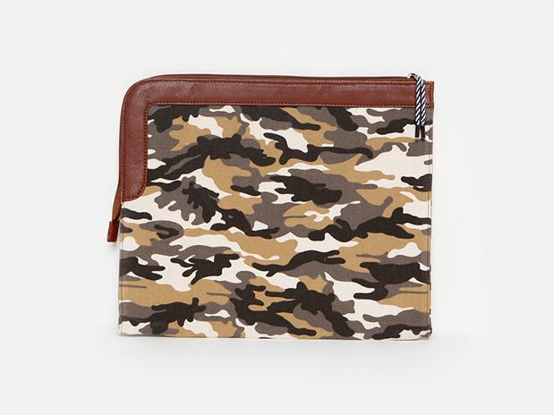 photo-camouflage-clutch-lj