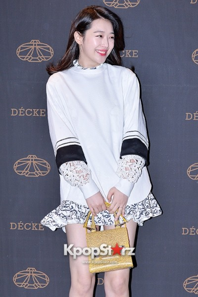 f-x-s-sulli-attends-decke-flagship-store-opening-event-march-20-2014-photos (6)