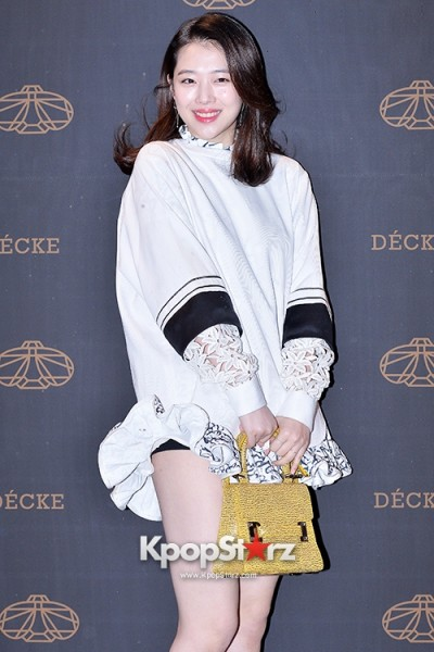 f-x-s-sulli-attends-decke-flagship-store-opening-event-march-20-2014-photos (18)
