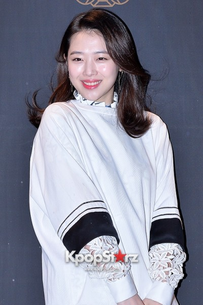 f-x-s-sulli-attends-decke-flagship-store-opening-event-march-20-2014-photos