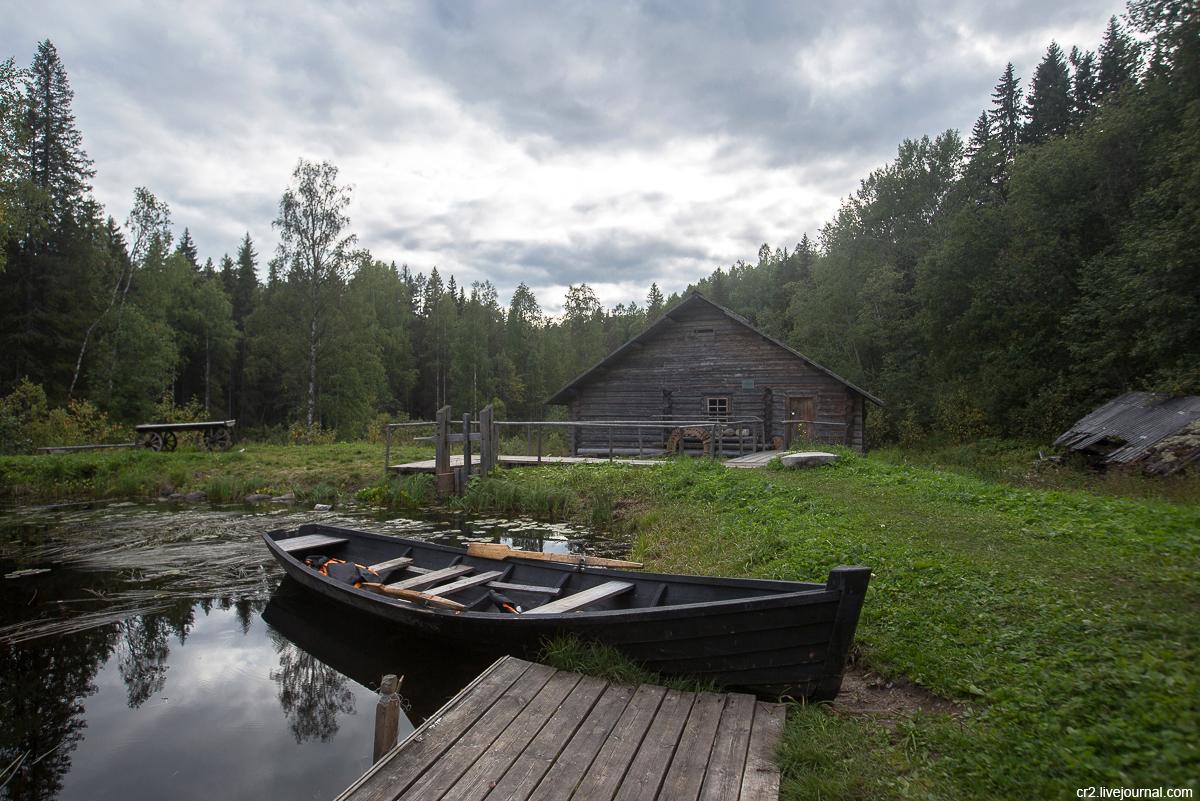 Архангельская область. Гужовская водяная мельница на Кенозерье