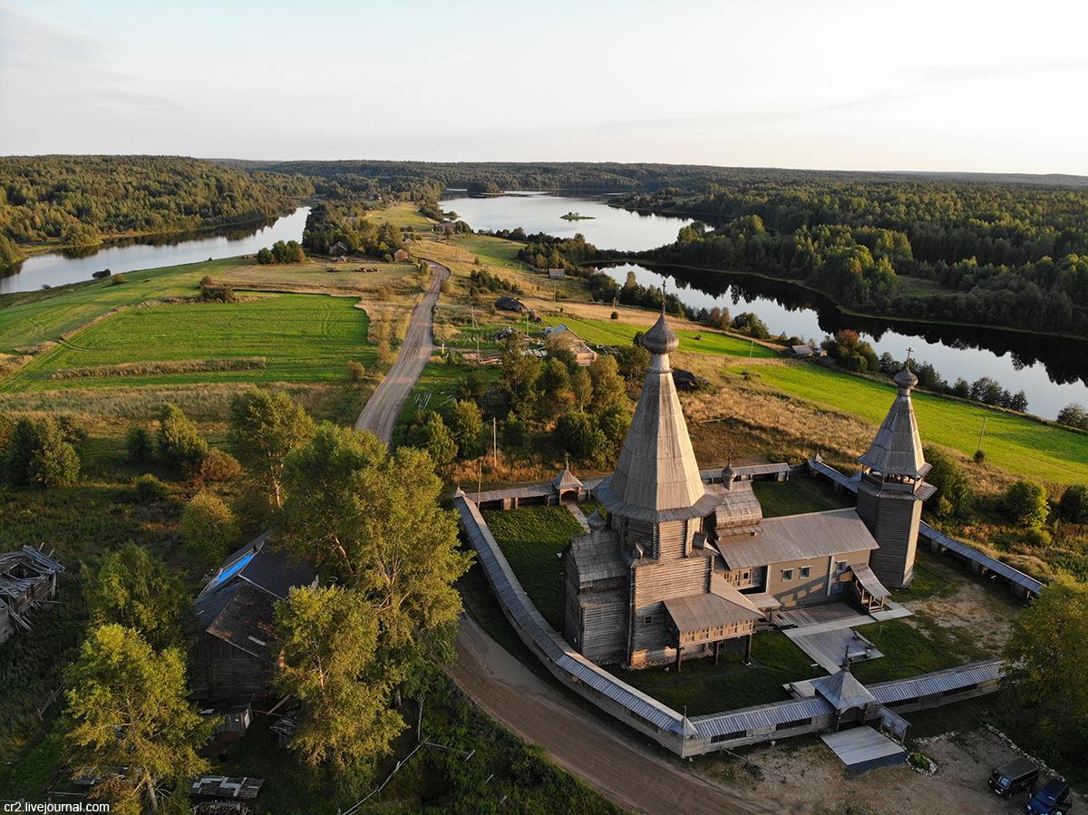 Архангельская область. Спасённый Почезерский погост