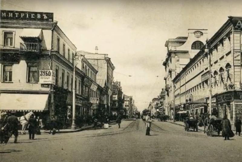 Тверская улица и конторский дом издателя Ивана Сытина до революции, Москва. Фото из открытых источников