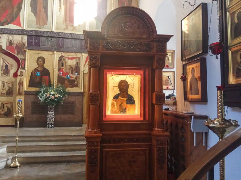 Икона в храме Николая Чудотворца в Голутвине - Китайском Патриаршем Подворье. Москва. Фото автора