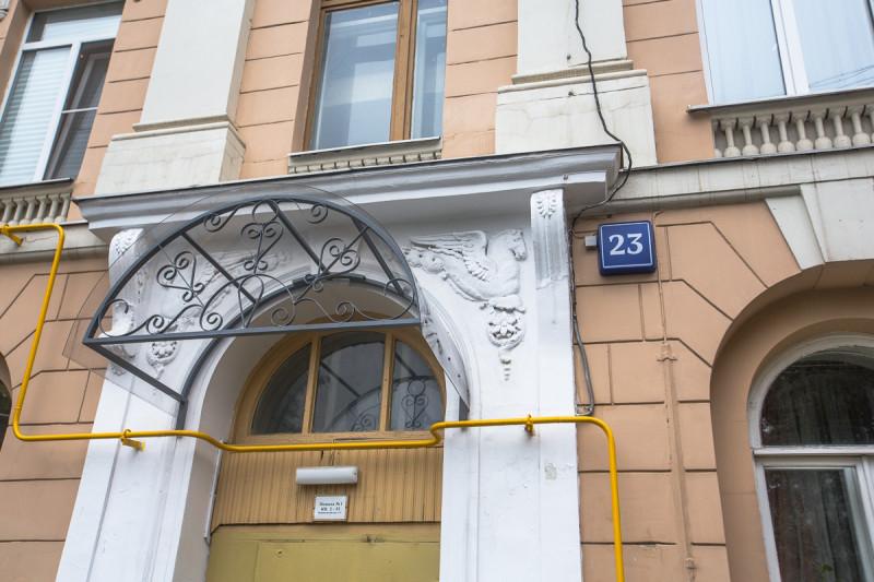 Дом трёх эпох. Москва. Детали нижних этажей 18-го века. Фото автора статьи