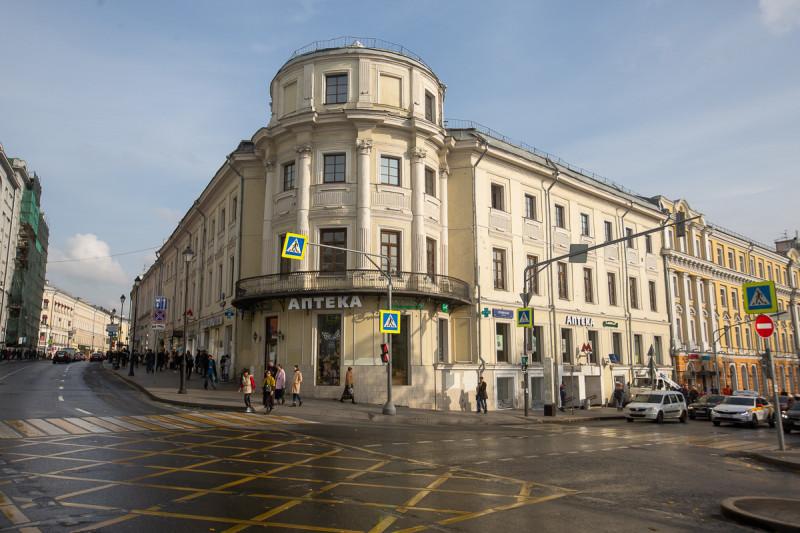 Бывшая усадьба Разумовской, бывший дом французского оккупационного губернатора Москвы. Фото автора поста