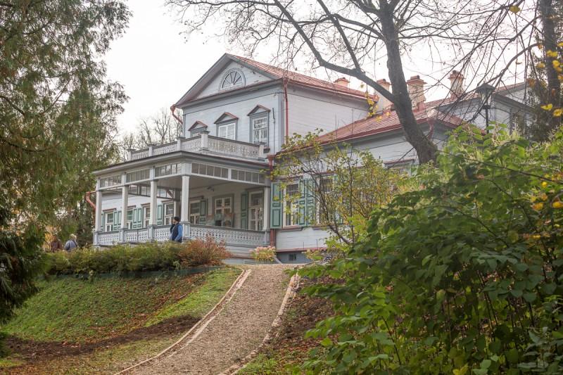 Усадьба Абрамцево, главный дом. Фото автора поста