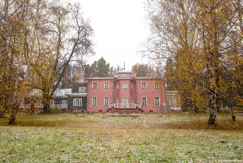 Усадьба Мураново, главный дом. Московская область