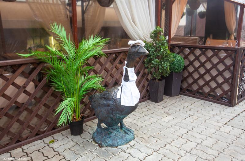 Памятник Арзамасскому гусю. Арзамас, Нижегородская область