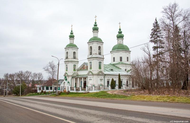 Воскресенская церковь. Молоди, Московская область