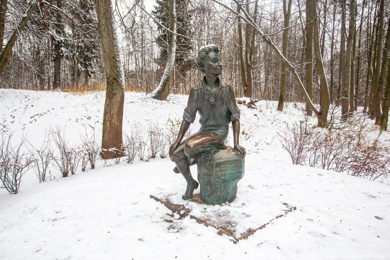 Маленький Пушкин в усадьбе Захарово, где прошли его детские годы. Московская область