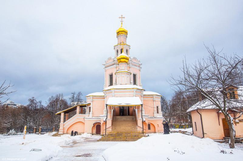 Церковь Бориса и Глеба в Зюзино - один из самых красивых московских храмов