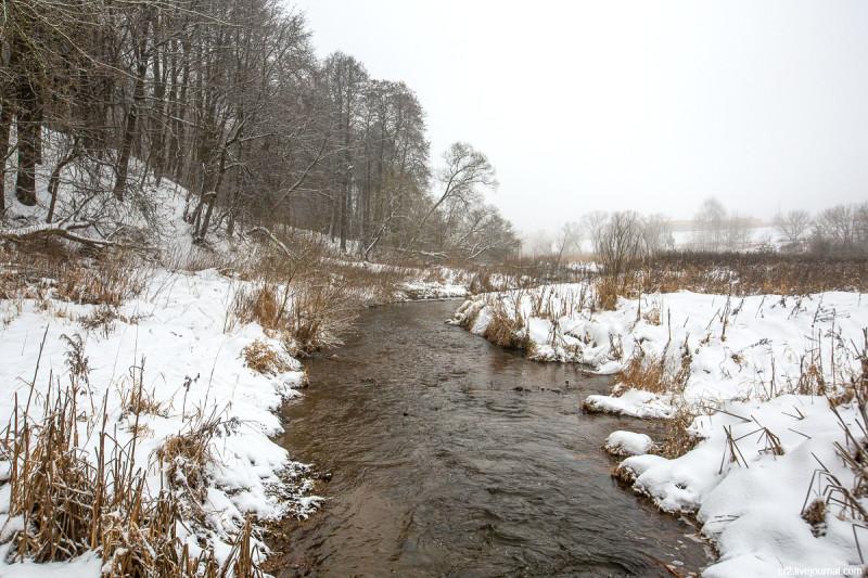 Река Пехорка у усадьбы Пехра-Яковлевское. Московская область