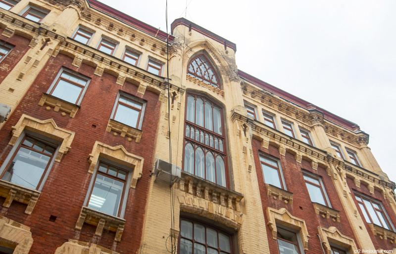 Бывший доходный дом в Силивёрстове переулке. Москва