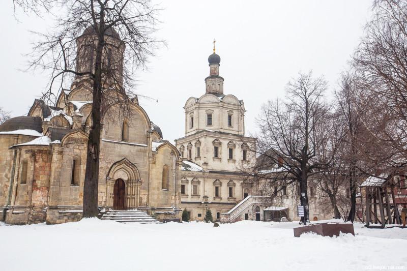Храм Архангела Михаила и Спасский собор бывшего Спасо-Андроникова монастыря. Москва