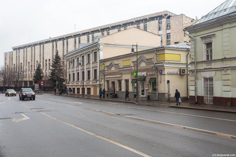 Улица Солянка, 4с4. На месте этого дома в 17 веке произошёл полтергейст. Москва