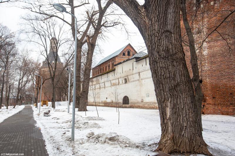 Сушило (солодежня) бывшего Симонова монастыря - старейшая пятиэтажка Москвы