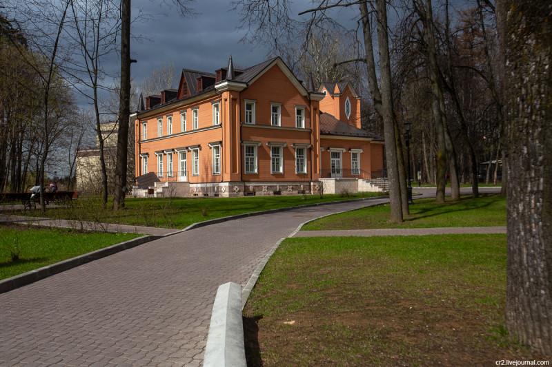 Усадьба Тимохово-Салазкино. Главный дом. Видное, Московская область