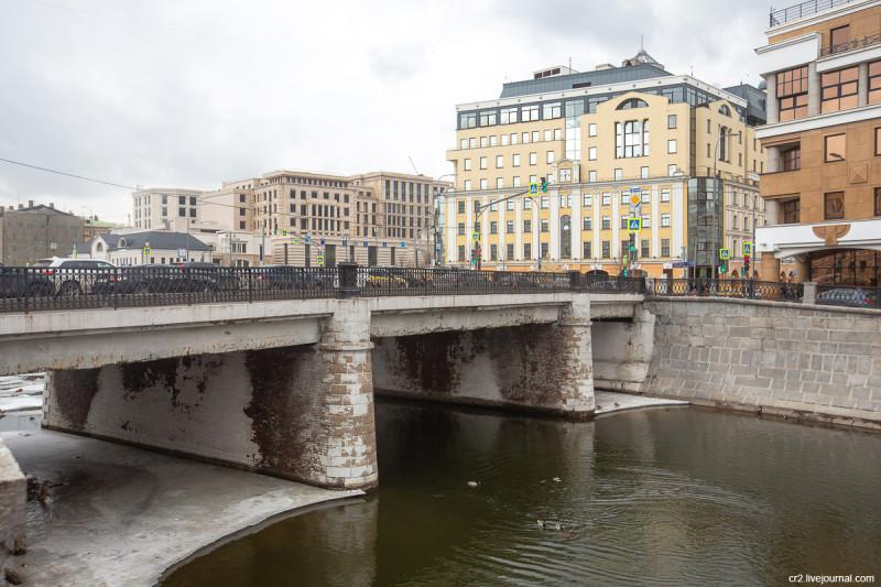 Чугунный мост, Москва