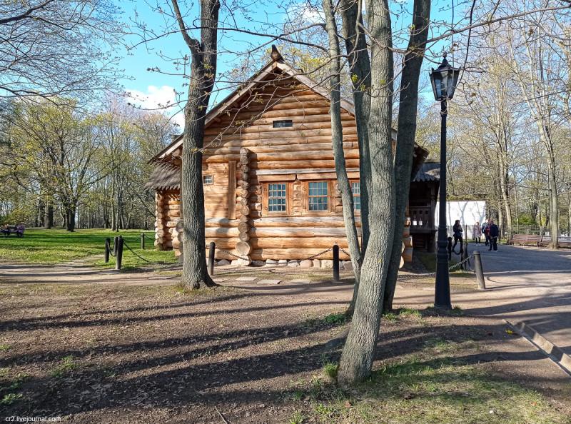 Домик Петра I в Коломенском. Москва