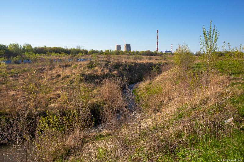 Каньон речки Сукромки, притока Яузы. Московская область