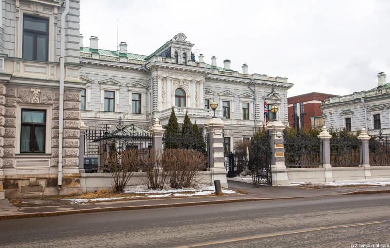 Бывший особняк Харитоненко, ныне резиденция британского посла. Москва