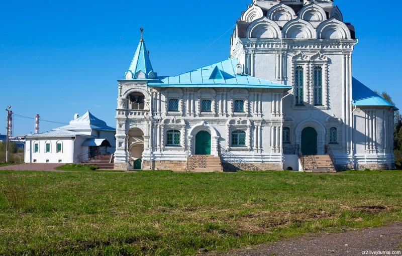 Храм Благовещения в Тайнинском, детали (бывшее село, ныне часть города Мытищи). Московская область