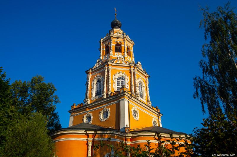 Спасский храм в селе Уборы. Московская область, Одинцовский район