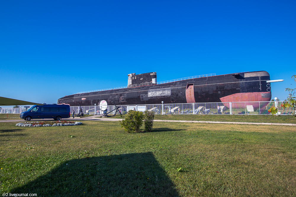 Тольятти. Сухопутная подводная лодка