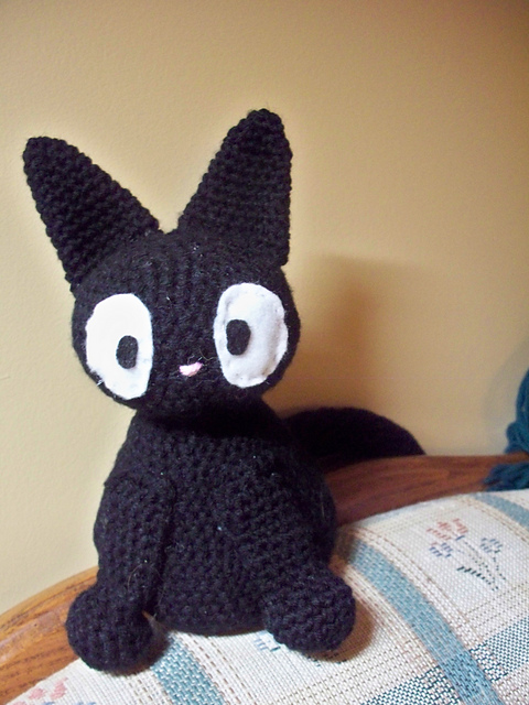 Amigurumi Pattern Free Rabbit : Perler Bead Game Sprites/ Jiji Amigurumi - Geek Crafts
