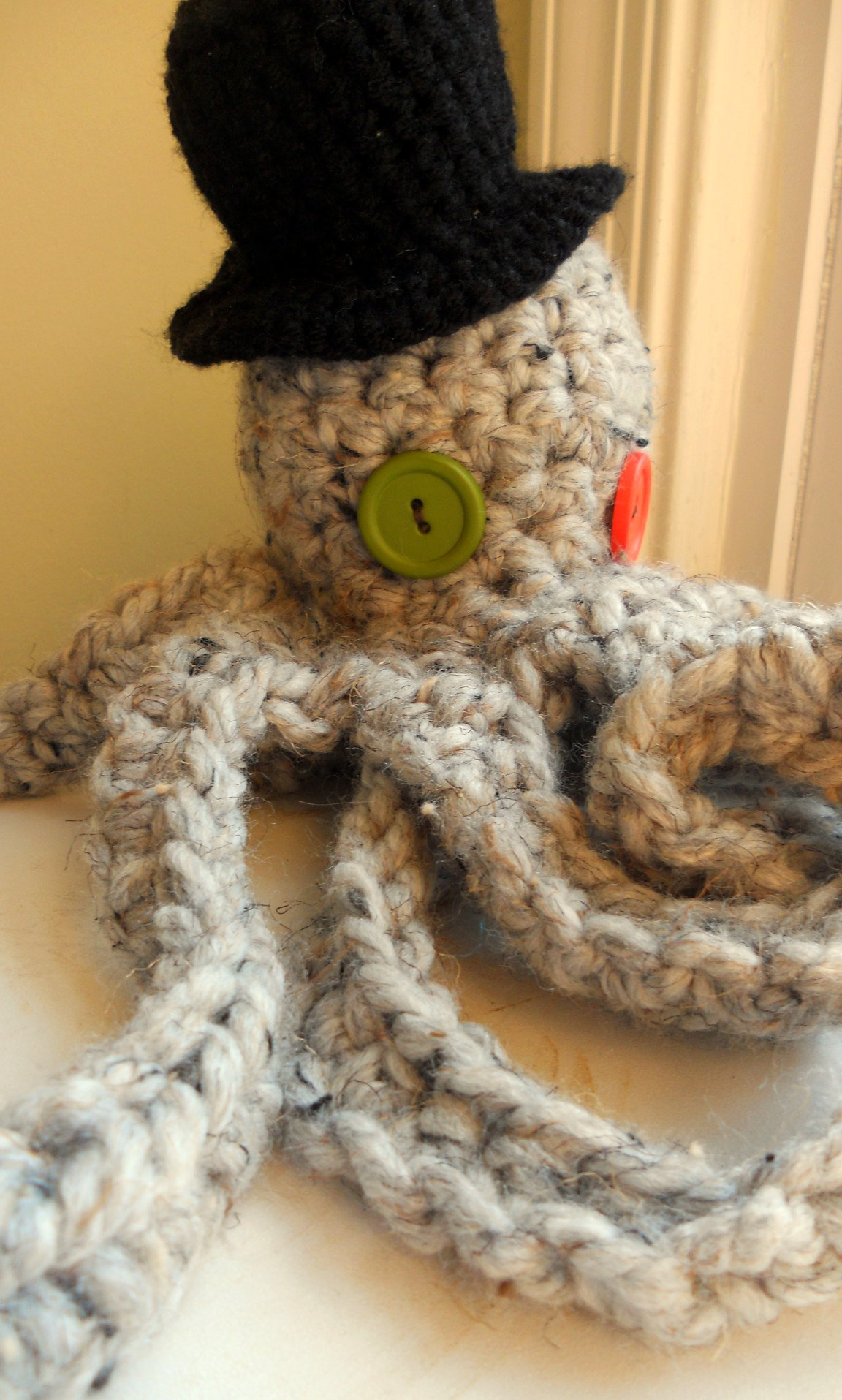 Crocheted Octopus with Top Hat!