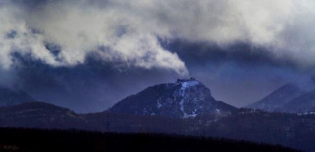 neige-de-cendres-sur-Montsegur