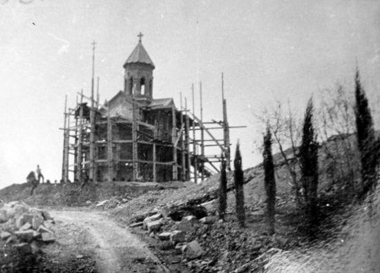 строительство храма Св.Равн.Нины