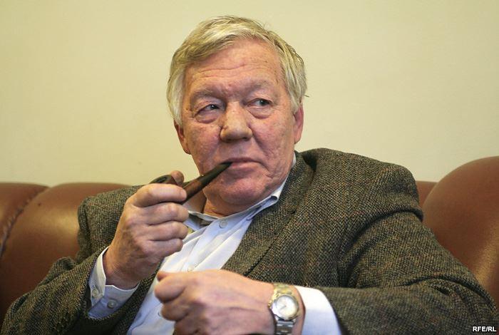 Евгений Сабуров