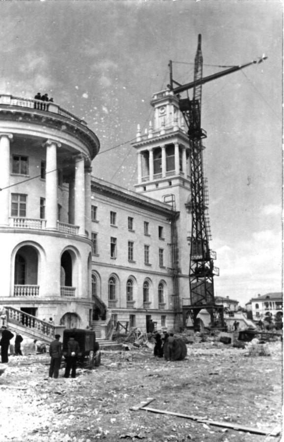 Восстановление Севастополя, 1947-1954