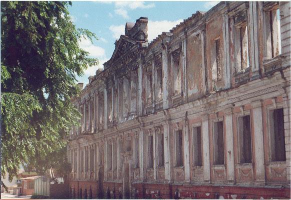 здание табачной фабрики