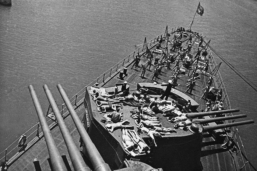 Линкор Севастополь, май 1944