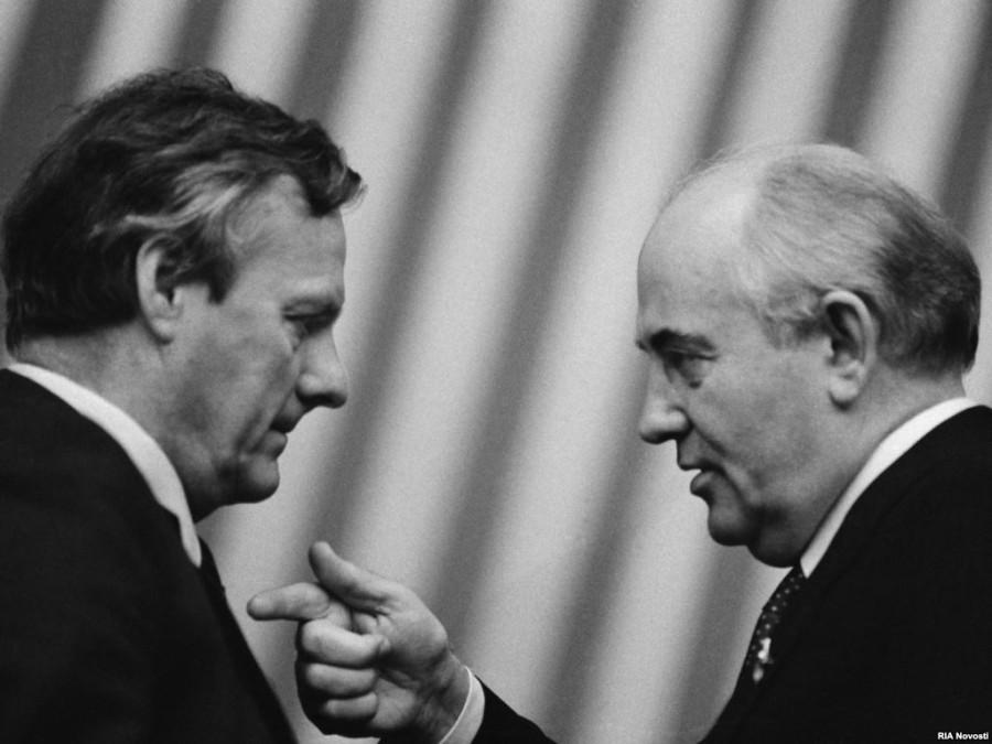 Михаил Горбачев и Анатолий Собчак