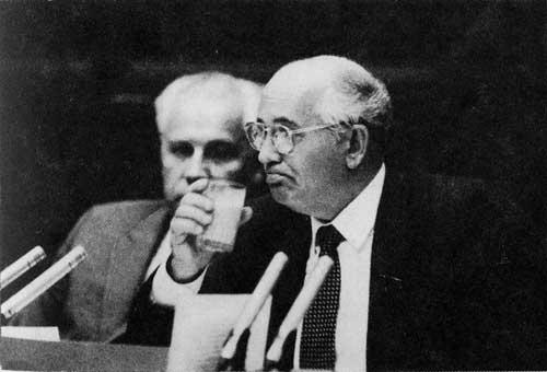 Горбачев и Лукьянов