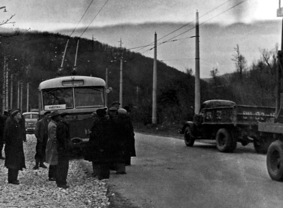 Обкатка контактной сети на трассе в районе Ангарского перевала