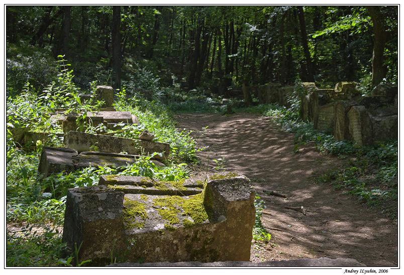 """Кладбище в """"Иософатовой"""" долине"""