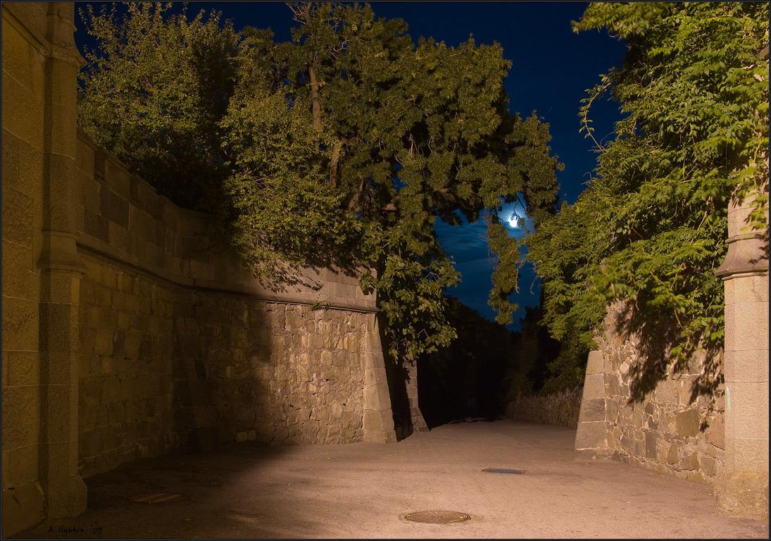 Ворота в ночь