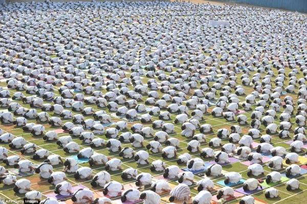 индия молитва за мир занятия йогой