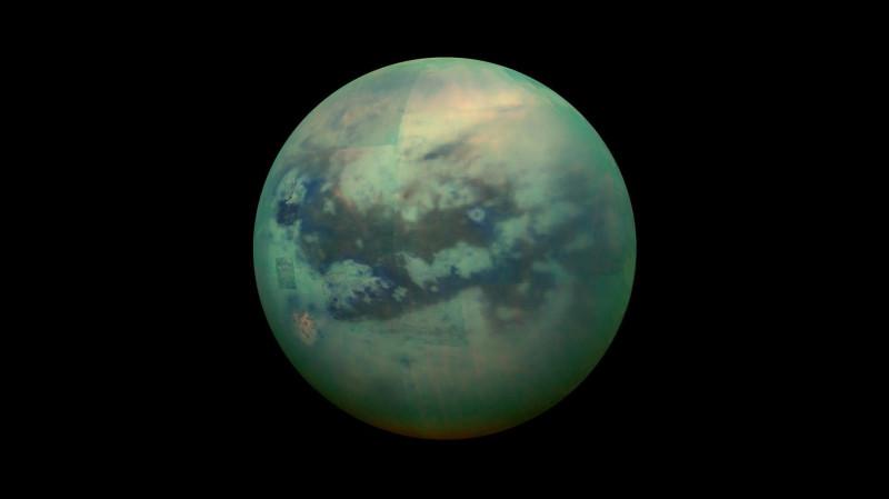 Титан в объективе NASA Cassini